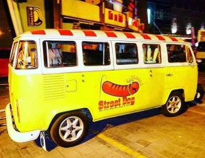 Street Dog, Pelopor Red Hot Dog di Indonesia ~ Konsep Food Truck Padukan Cita Rasa Western & Korea
