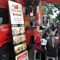 Usaha Mie Doea Rawit ~ Food Truck Mie Cita Rasa Indonesia