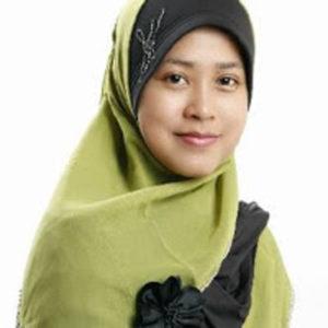 Nurhayati, Pemilik Zalfa Cosmetic
