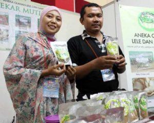 Nurul Hidayati, Sukses Dengan Bisnis Abon Ikan Lele